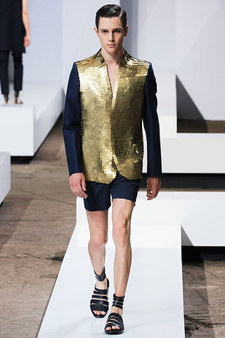Hugo Boss recommend one wear this suitina to the opera opening season. You will be the hit on the red carpet And hit on the way home...and I dont mean hit UP on. I mean fag bashed.