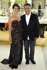 Elie Tahari, I know you sell shmatehs, but could you have not worn one to this event. You upstaged your lovely wife.