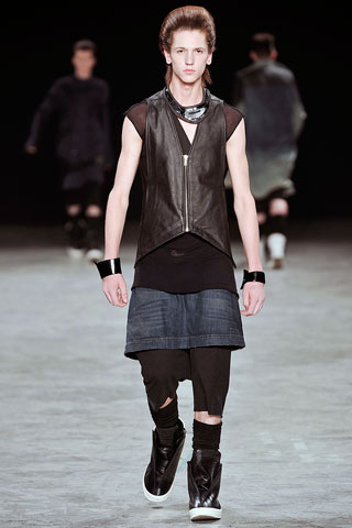 Here's a skirt I was talking about earlier. This one's from Rick Owens. You think the hair compliments the look? I do.
