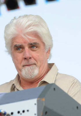 Look, who am I to judge if Michael mcDonald need s a few bucks. Let him go in good health. But a ballooning event in New Jersey? Oy. Talk about hitting rock bottom. I would call this fotzy ballooning.