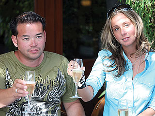 I simply couldn;t do a Novboy News report without including the world biggest nobody Jon Gosselin. Shown here with his 22 year old meida gold digger, a new kind of gold dogger, one that is less concered with the dollars and keen on the notarity. Hailey Glassman, a nice Jewish girl, whose parentls must be breching, was a long-time family friend. And if someone can explain that sitution to me, I am all ears. These two love birds are nobody squared.