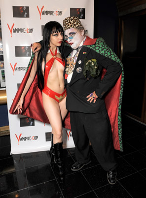 With the success of True Blood and Twighlight, LA hosted Vampire-Con...one scary hagfest as I've never seen.