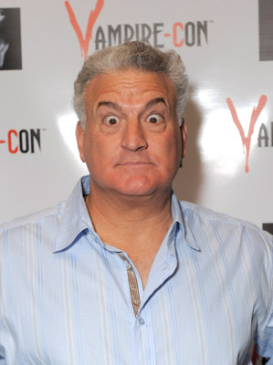 Yes, that's Joey Buttafuoco at Vamorei-Con. Be afraid, be very afraid.