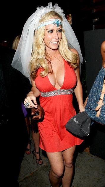 I wish Kendra Wilkinson years of marital bliss...but fotz to the Guys and Dolls Lounge.
