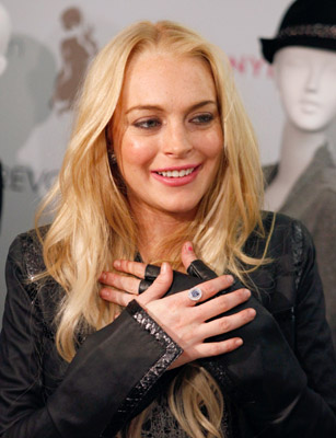 What color is your hai, Lindsay Lohan?