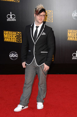 Poor Blake Lewis., he neveer got the career post American Idol and looks a wreck...chicken little and all.
