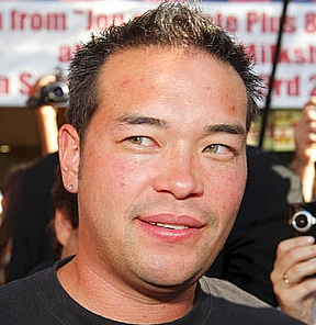 Mr. Jon Gosselin will continue to be on my list till the last few seconds tick. I will never understand how people who do nothing but make me brech (vomit in Yiddish) become famous.