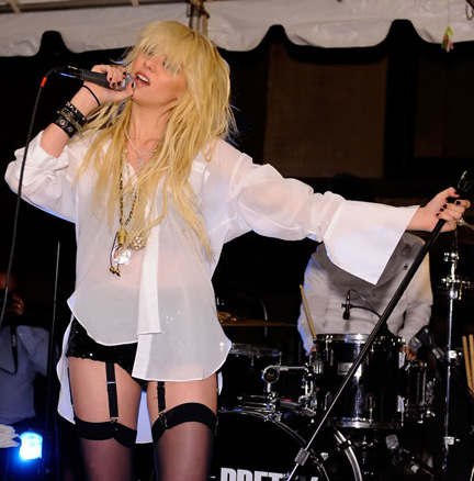 Taylor Momsen worked this look during Fashion's Night Out in NYC.