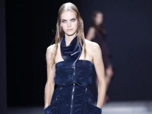 Alexander Wang wants his girls to look like they just showered. Effortless is one thing, drowned rat is another.