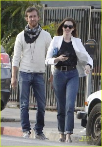 Anne Hathaway snagged Barack Obama's Mom Jeans.
