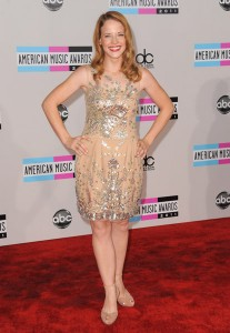 And now a word from the D-List. Katie Leclerec wore this mishapen ice-skaters frock to compliment her flattened hair do... don't rather.
