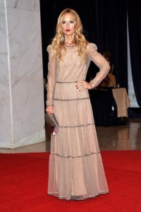 This is the worst fitted dress on Earth. Rachel Zoe is suffering from 'Do as I say, not as I do' Syndrome.