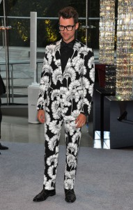 Pass me a couple of Excedrin, Brad Goreski is on the red carpet.