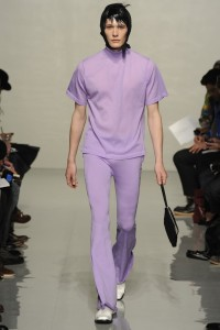 meanwhile did you notice the Audrey Hepburn-ish kerchief that this JW Anderson thinks will be all the rage? Oh, Heavens to Murgatroyd.