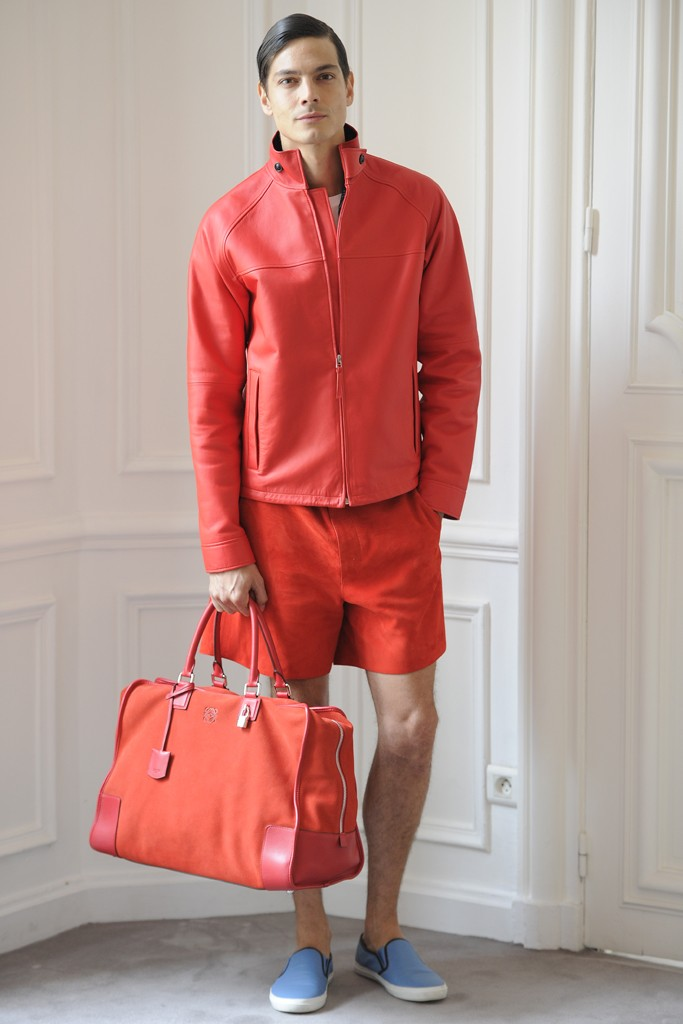 Loewe is all up in Gina Lollogrigida orange. Remember a few seasons back? Click image for a refresher course.